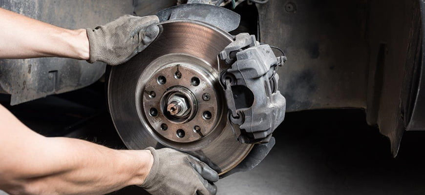 проверка тормозов автомобиля